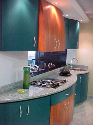 Cocinas empotradas visi n dise o y fabricacion de for Modelos de cocinas para apartamentos