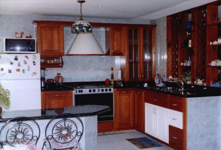 Modelos de cocinas empotradas imagui for Fotos de modelos de cocinas